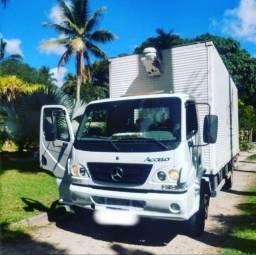Caminhão Accelo 915 2011