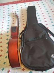 Vende-se violão Giannini novo