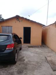 Aluga-se duas casas simples no Jardim Brasil. Peruíbe/SP