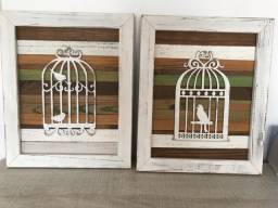 Conjunto de quadros em madeira