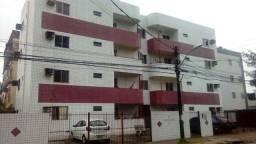 Apartamento com 3 dormitórios para alugar, 70 m² por R$ 1.100,00/mês - Cordeiro - Recife/P