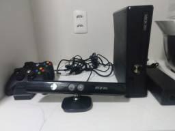 Xbox destravado fonte com luz vermelha