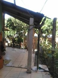 Casa 1dorm.fds.c/gar. e pátio