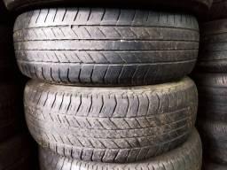 Pneus 265/65/17 semi novos valor dos 4 pneus 704.00$