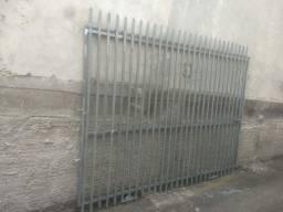 Portão de metalão 20x30
