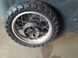 Rodas e pneus xt