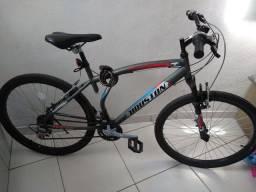 Bicicleta aro 26, com 21 marchas