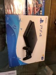 PS4 novo, 1TB, 2 controles e 3 jogos