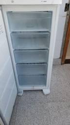 Freezer Eletrolux FE 18