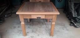 Mesas em madeira maciça de jatobá