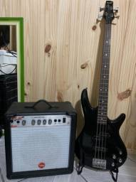 Baixo e caixa amplificadora