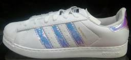 Tênis adidas super star!