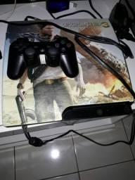 PlayStation 3 com 190 jogos na memória