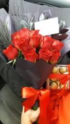 Buquê black de rosas vermelhas