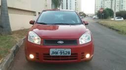 Lindo Ford Fiesta 1.6 Flex 2008-2008 COMPLETO - 2008