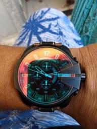 Relógio diesel camaleão