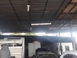 Vende-se galpão na Av. São Sebastião