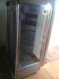 Vende-se máquina de assar frango