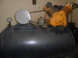 Compressor Schulz 3cv 426lts / 120lbs / pouco uso