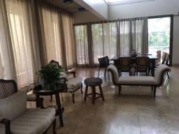 Sobrado com 4 quartos sendo 2 suítes no Alphaville Araguaia