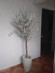 Árvore artificial de chuva de ouro branca