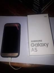 Celular Samsung Galaxy A5 2017 64GB 16MP dourado