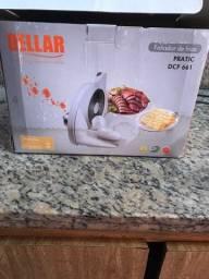 Máquina de fatiar frios