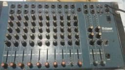 Vende-se  mesa de som com dez canais