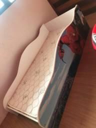 Duas camas infantil do SPIDER MAN