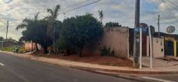 Vendo 3 kitnets e uma casa bairro j. anache R$ 250.000,00