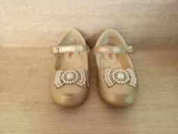 Oportunidade 03 pares de sapatilhas infantis