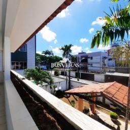 Casa com 4 quartos, suíte e closet próximo a Lagoa do Araçá