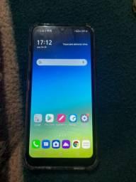 Vendo um celular lg k40s funcionando perfeitamente todo original com nota 500
