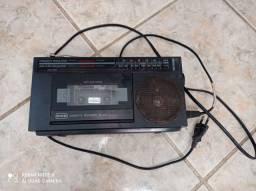 Rádio toca fita antigo cce