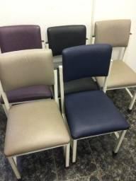 Título do anúncio: Cadeiras Resistentes e Conservadas