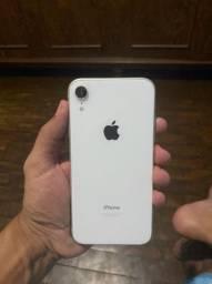 Vendo iPhone XR, em perfeito estado