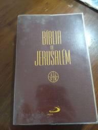 Bíblia de Jerusalém , reimpressão de 2016, editora Paulus.