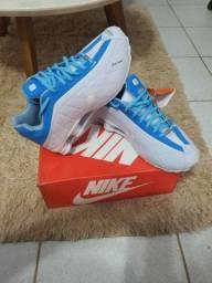 Nike Shox . Novo
