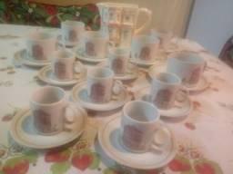 Aparelho de chá e cafezinho 25 peças com bule decorativo 3d