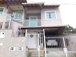 J2- 6156 - Casa duplex de 3 quartos, area gourmet - Bairro São Pedro