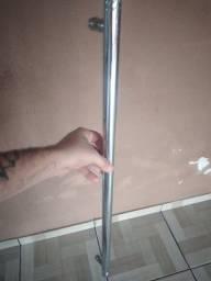 Puchador para portas de Madeira