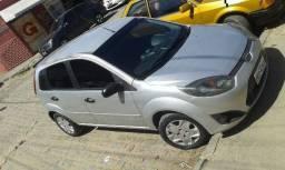 Ford Fiesta 2013. Completo e Conservado - 2013