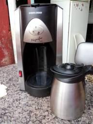 Cafeteira black e decker magnific