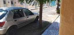 Carro fiesta - 2005