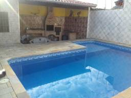 Casa em Mongaguá com piscina e churrasqueira-Disponível p/o Carnaval
