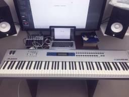 Teclado sintetizador - Alesis QS8.2