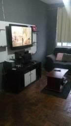 Bom apartamento em Bangu segundo andar próximo a praça 1 de maio