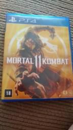 Troco ou Vendo Mortal Kombat 11. Leia o anúncio