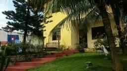 Casa com piscina no Icaraí