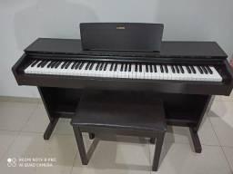 Piano Digital Yamaha Arius YDP-143 Marrom com 192 de Polifonia e 10 Timbres